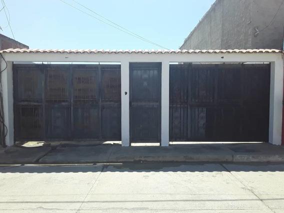Casa En La Floresta Ciudad Alinaza