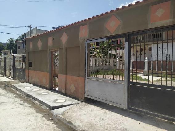 Casa En Venta Las Salinas Catia La Mar 04141291645
