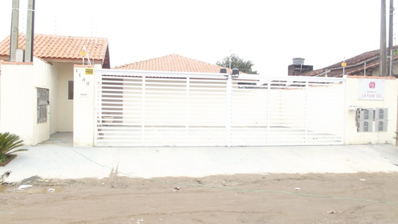 759- Casa Á Venda 48m² Com Piscina E Churrasqueira. Bairro C