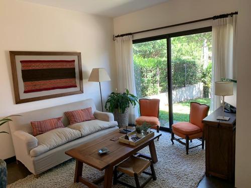 Venta Casa De 3 Dormitorios Y 3 Baños En Punta Gorda
