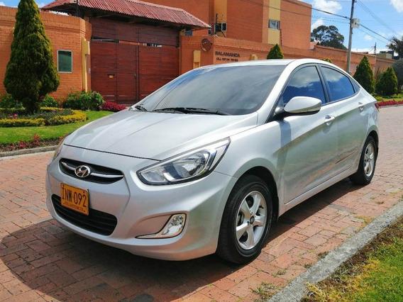 Hyundai I25 Version Full Equipo