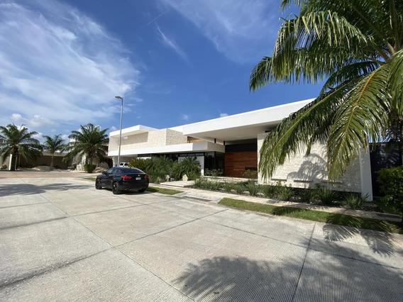 Residencia En Venta En Lujosa Y Exclusiva Privada Única En Su Tipo- Luxury Property-fraccionamiento Montebello