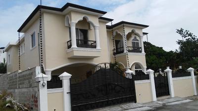 Villa En La Ciudad