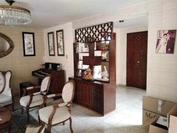 Casa Muy Amplia Ideal Para Oficinas O Habitacional