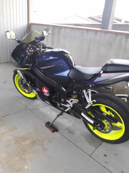Suzuki Gsx-sred 750cv