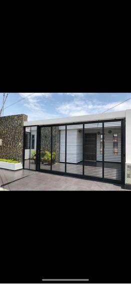 Vendo Casa Con 4 Habitaciones Con Clóset,2 Baños,patio De Ro