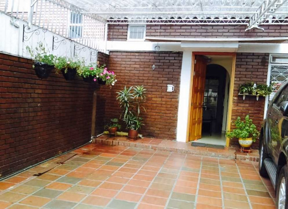 Venta Casa La Esmeralda Bogotá.