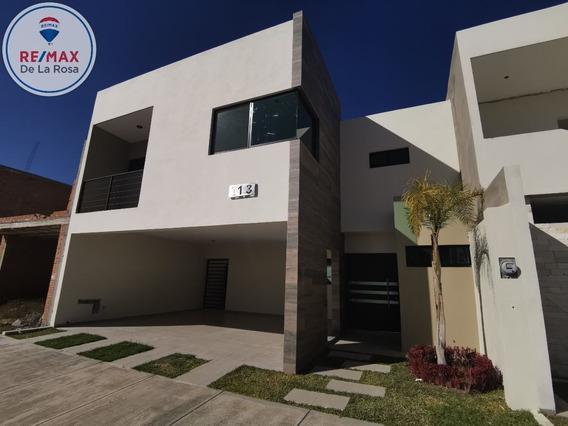Casa Nueva En Fraccionamiento Residencial El Lago