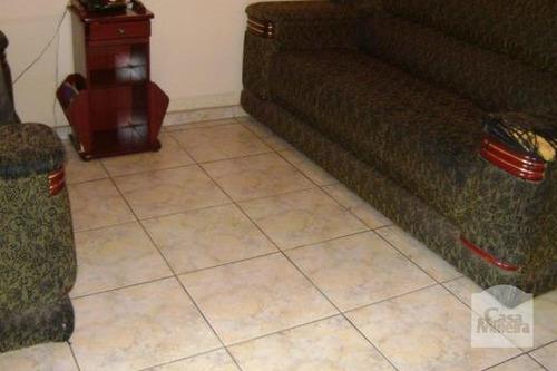 Imagem 1 de 9 de Casa À Venda No Graça - Código 11240 - 11240