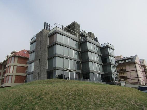 Departamento De 3 Dormitorios C/ Vista Plena Al Mar