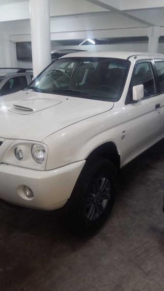 Mitsubish L200 4x4 2009 Diesel