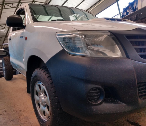Toyota Hilux 3.0 Cab. Simples 4x4 2p 2013