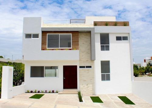Renta Casa Zibatá, 4 Recámaras Con Baño, Una En Pb