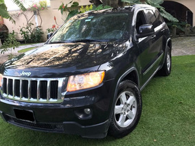 Jeep Grand Cherokee Laredo V6 4x2 At