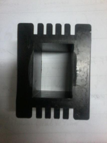 Carretel Plástico 20x30mm= 20 Peças + 23x24= 10pç + Verniz 1