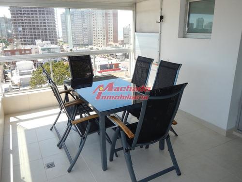 Apartamento En Punta Del Este, Mansa- Ref: 3082