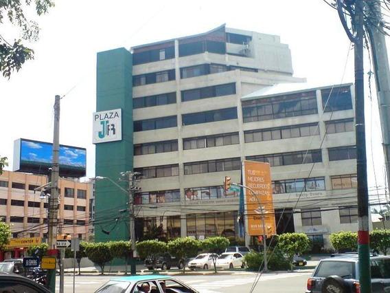 Excelente Local Para Oficina En Plaza De Naco