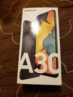 Celular Samsung A30 Telcel