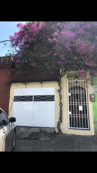 Casa 1 Dormitorio + Apartamento Al Fondo - Inversion!
