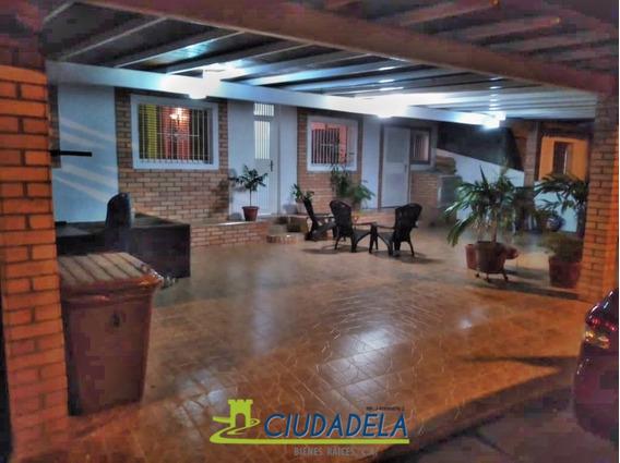 Casa En Venta Urb. La Ceiba Zona Industrial