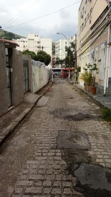 Casa De 3 Quartos No Fonseca