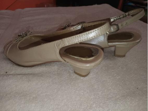 Zapatillas De Tacón Para Niñas