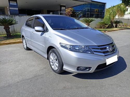 Imagem 1 de 14 de Honda City Lx 1.5 Ano 2013 Financio Falar Com Rafael