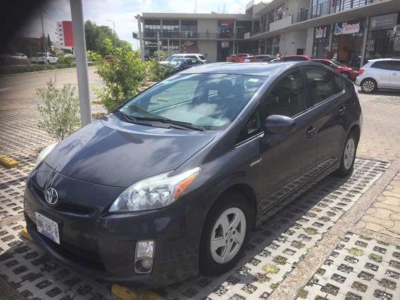 Toyota Prius Premium At 2011