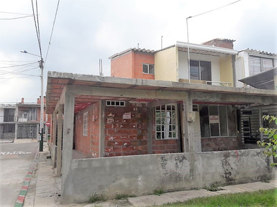 Casa Esquinera Nueva 106 M², Arboleda Campestre