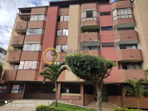 Apartamento En Arriendo La Aurora 704-8527
