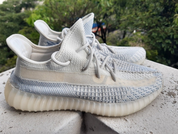 adidas Yeezy Boost - 350v2 - Cloud White