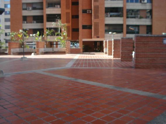Apartamento En Prado Del Este Mv #19-9928