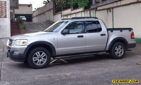 Ford Sport Trac .