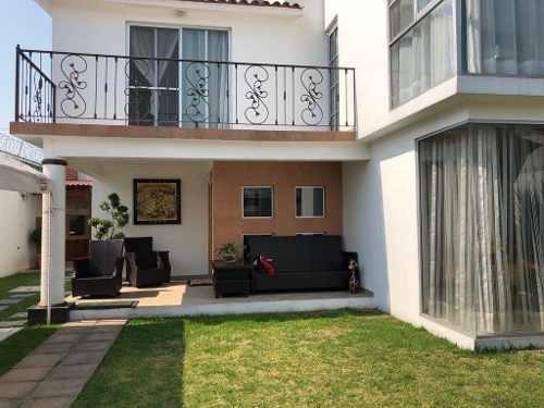 Casa En Venta En Privada En Metepec, Excelente Ubicación!!!