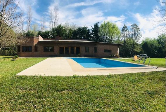 Venta Casa Quinta En Cardales 5 Ambientes Con Quincho, Piscina, Parque Y Parrilla