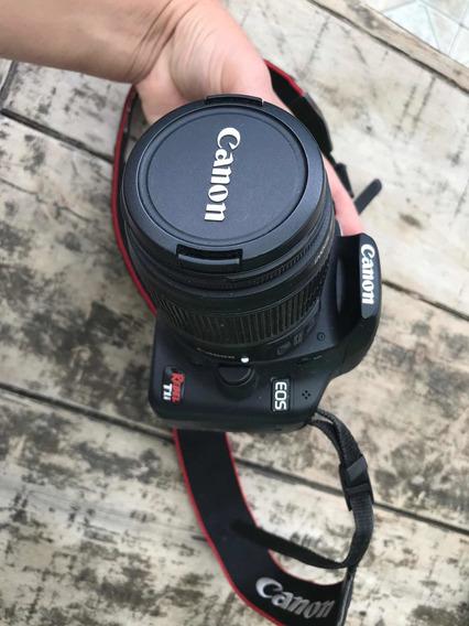 Máquina Canon Eos T1