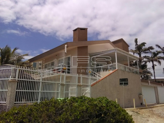 Sobrado 6 Dormitórios Frente Mar - Pereque - 2078