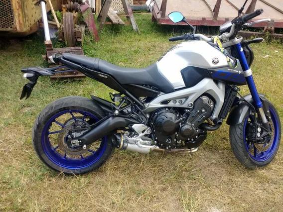 Yamaha Mt09 850cc
