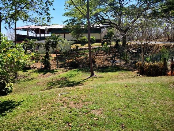 Casa De Campo Cerca Rio, Y Playa, Rodeada De Fincas