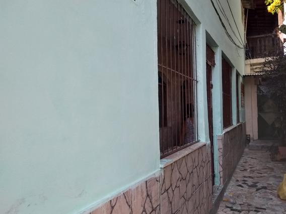 Aluga-se Casa Duplex Com Suíte E Closet No Barro Vermelho