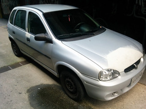 Corsa Hatch Super 2001 1.0 16v 5p