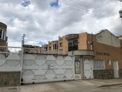 Town House, Urbanización Las Palmas. Wc