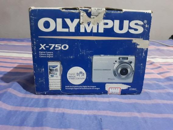 Camera Olympus X-750
