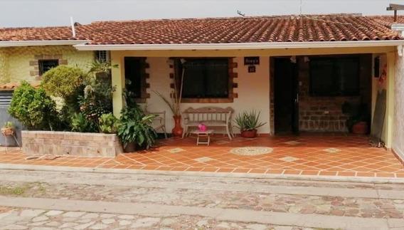 Casa San Cristobal, Altos De Paramillo. Urb. Sheridan