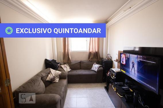 Apartamento No 3º Andar Com 2 Dormitórios E 1 Garagem - Id: 892980466 - 280466