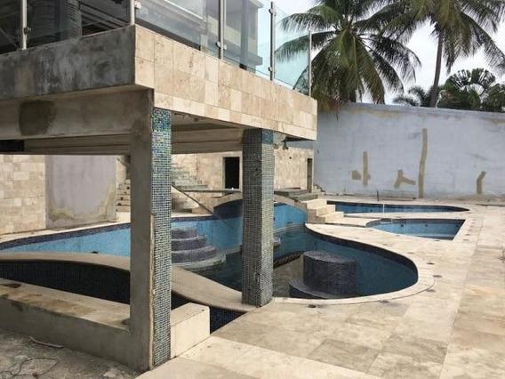 Casa En Venta En Colinas Del Turbio Barquisimeto 20-5541 Jg