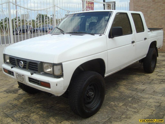 Nissan Frontier D21 4x4 - Sincrónica