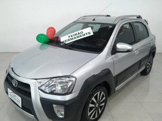 Etios Cross Hb 1.5 (flex) (aut) 4p 1.5 16v