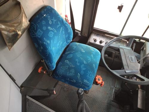 Onibus Volvo Rodoviario