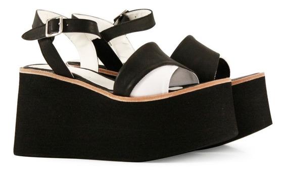 Sandalias Altas De Cuero Negro Combinado